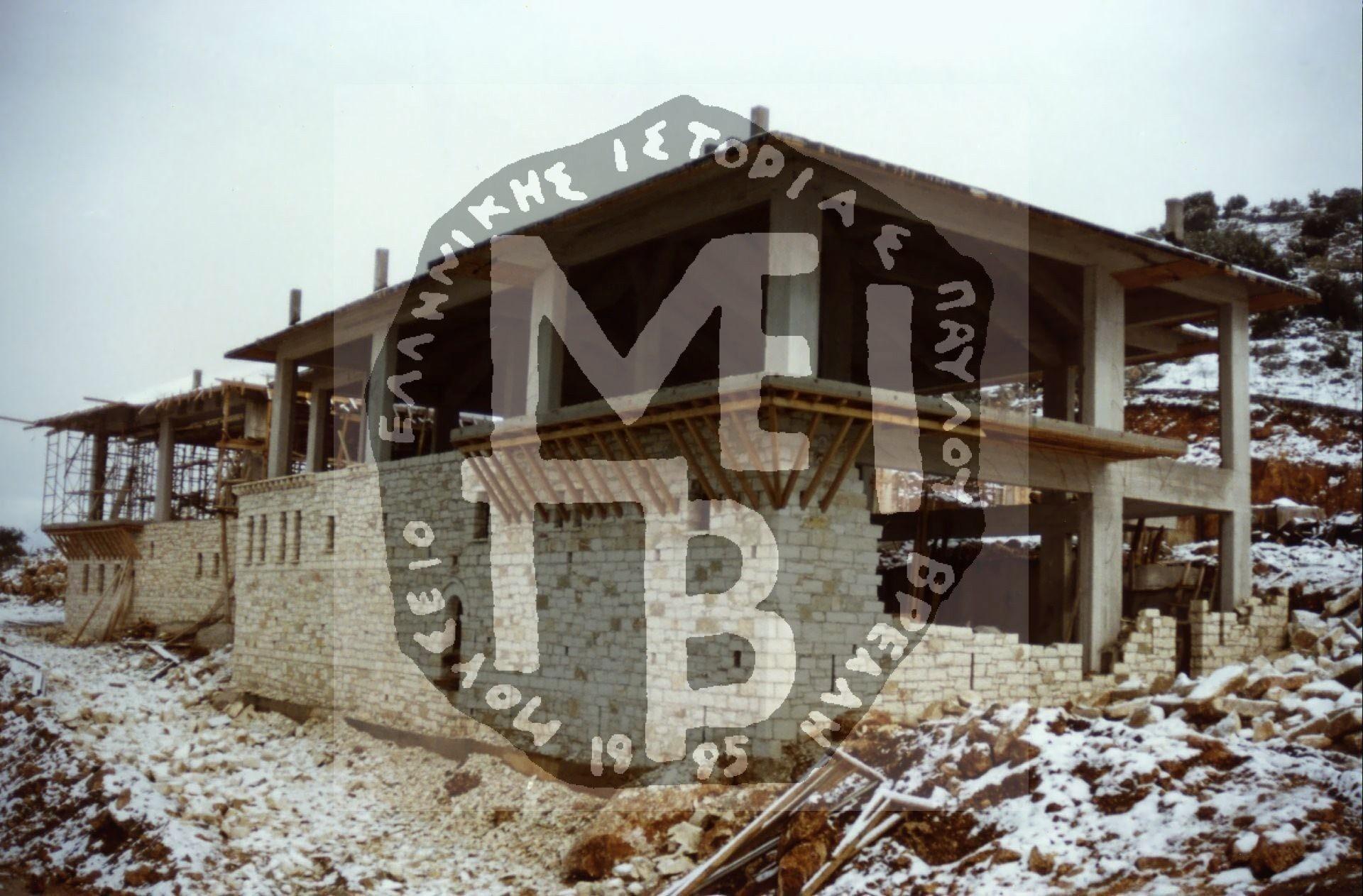 Στάδια-δουλειάς-της-Πέτρινης-Επένδυσης-του-Κτιρίου